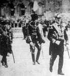 Horthy Miklós kormányzó megérkezik az országgyűlés megnyitó ünnepélyére.