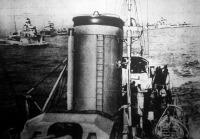 Az olasz flotta a Földközi-tengeren. Torpedónaszádok és felderítő hajók felvonulása.