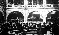 A képviselőház ülésterme néhány perccel a feloszlató kézirat felolvasása előtt