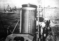 Olasz torpedónaszádok és felderítőhajók fölvonulása
