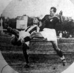 Jelenet a Ferencváros - AS Roma mérkőzésről - Sárosi küzd a labdáért