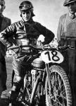 Martin Schneeweiss Austro-Omega motorkerékpárján