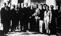 A magyar-olasz gazdaifjú csereakció befejeztével a hazatérő olasz gazdaifjak tisztelgő látogatást tettek Darányi Kálmán földművelésügyi miniszternél (1) és Marschall Ferenc államtitkárnál (2).