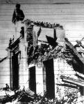Egy rommá bombázott ucca
