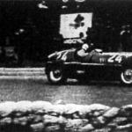 Az olasz Nuvolari verseny közben
