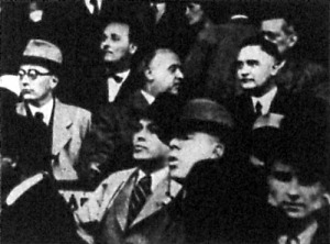 A nézőtéren Mikecz Ödön, Szendy Károly és Bornemissza Géza