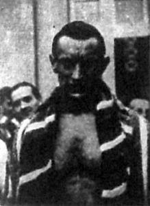 Csík három bajnoki címet nyert. 100 és 200 méteres gyorsúszásban illetve 100 méteres mellúszsban