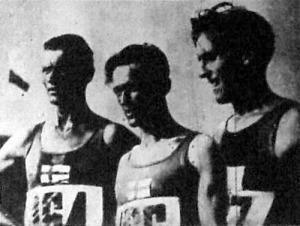 A 10000 m első három helyezettje Salminen (1.), Askola (2.), Isoholo (3.). Mindhárman finnek