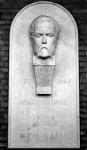 Madách Imre 1823 - 1864 költő szobra. Készítette: Kalmár Éva