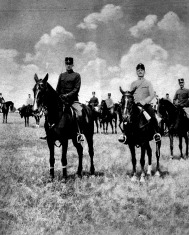 A fiatal József Ferenc főherceg, mint századparancsnok