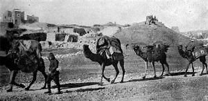 Török muníciós oszlop útban a Szuezi-csatorna felé