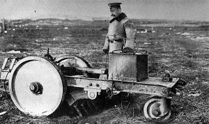 Orosz gép, mellyel a visszavonuló seregek az utakat felszaggatták