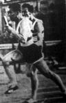 A magyar 4x100 m-es váltó utolsó váltása Kovács és Gyenes között