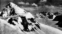 A Juhfrau-hágó (3457 m)