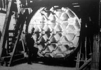 Az óriási teleszkópba nem benéznek, hanem benne ülnek a kutatók