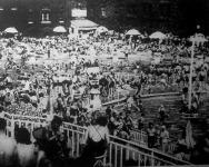 Kánikulában zsúfoltak a budapesti strandfürdők