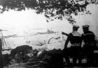 Angol flottagyakorlatra készülő hajók Gibraltárnál