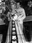 Erdélyi Mihály: Legyen úgy, mint régen volt. Erzsébetvárosi Színház, 1938. Honthy Hanna (Ilona), Jávor Pál (Toponári). (Országos Színháztörténeti Múzeum és Intézet, Budapest.)
