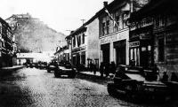 A magyar hadsereg harckocsijai Huszt városában