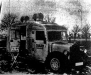 Fából készült tűzoltó rádiókocsi