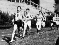 Szabó vezet az 1500 m-es síkfutásban