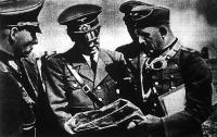 Hitler vezér Lengyelországban megbeszéléseket folytat tábornokaival