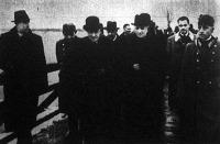 Perényi Zsigmond, Kárpátalja kormányzói biztosa jelenlétében felavattak egy fahidat