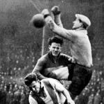 Gulyás kapus, Draskóczi és Sárosi küzdelme a labdáért