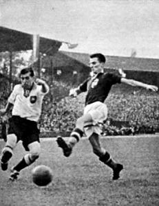 A németek első gólja Lehner elhúz Pósától és...