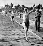 Tárnoki (Testvériség) kerületi rekorddal győz a 800 méteres síkfutásban