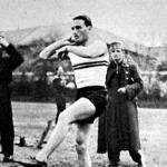 Vitéz Csapó, a ludovikások legjobb atlétája 1354 cm-es dobással nyerte meg a súlylökést