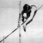 Zsuffka győztes 4 m-es rúdugrása