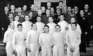 A Hősök emlékversenyének résztvevői