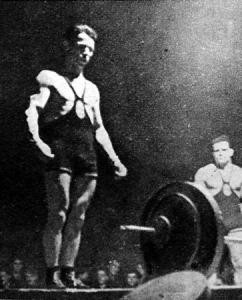 Tégla megjavítja a magyar rekordot