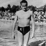 Kovács Dezső a 100 méteres hátúszás győztese