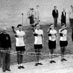 A két csapat - Rütt (edző), Valenta, Chylik, Mirke, Aymans - Szabó, Nótás, Morvai, Karaki, Nagy, Zselenszka