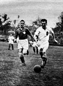 Tóth III. szerzi a harmadik gólt, Minelli nem tudja megakadályozni