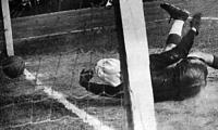 Jenőfi egyenlítő gólja Dósain keresztül pattan a hálóba