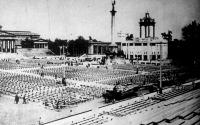 Budapest az idegenforgalom központja (Hősök tere, Eucharisztikus Világkongresszus, 1938)