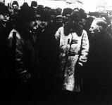 Kállay Miklós miniszterelnök látogatása az árvízsujtotta vidékeken (jobbra Bárczay János államtitkár, az árvízvédelem országos kormánybiztosa)