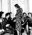 Miller fashion 1944. (www.purselipsquarejaw.org)