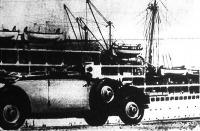 Tengerjáró hajó a Szuezi csatornában