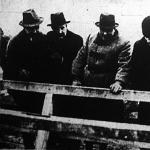Épül a Sajó-csatorna. A munkálatokat Tiszapalkonyán megtekintette Bárczay János földművelésügyi államtitkár (balról a harmadik).