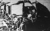 Beomlott háztetők, leomlott emeletek a bombatámadás után