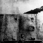 Legalább tíz tonnányi a súlya egy-egy sziklatömbnek, amelyből a befejezetlen templom falazata készült.
