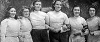 A HTVK bajnokcsapata - Sigmond Emmy, Baky Klári, Gerevichné Bogáthy Erna, Rácz Erzsébet, Kiss Kató és Sákovits Ilona.jpg