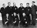 At 1944. évi birkózóbajnokság győztese, a DVSC - Antal, Gedeon, Tarányi, Németi, Mihályfi A., Szűcs osztályvezető, Mihályfi L., Sipos, Csánki.jpg