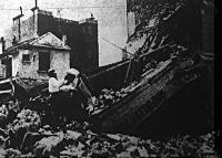 A lebombázott Páris