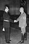 Dr.Otto Thierack a kép jobb oldalán látható