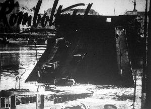 A felrobbantott Margit-híd